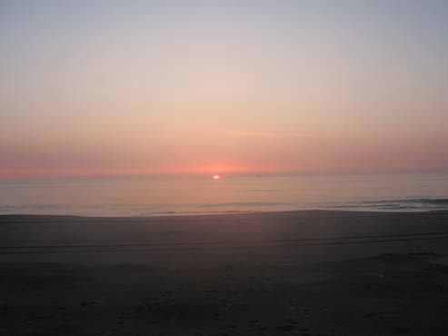 Солнце встает на востоке