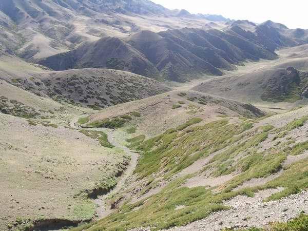 Монголия. Хребет Гурван-Сайхан-Нуру. Гобийский Алтай